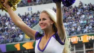 Rachel: Baltimore Ravens cheerleader, physical therapist technician