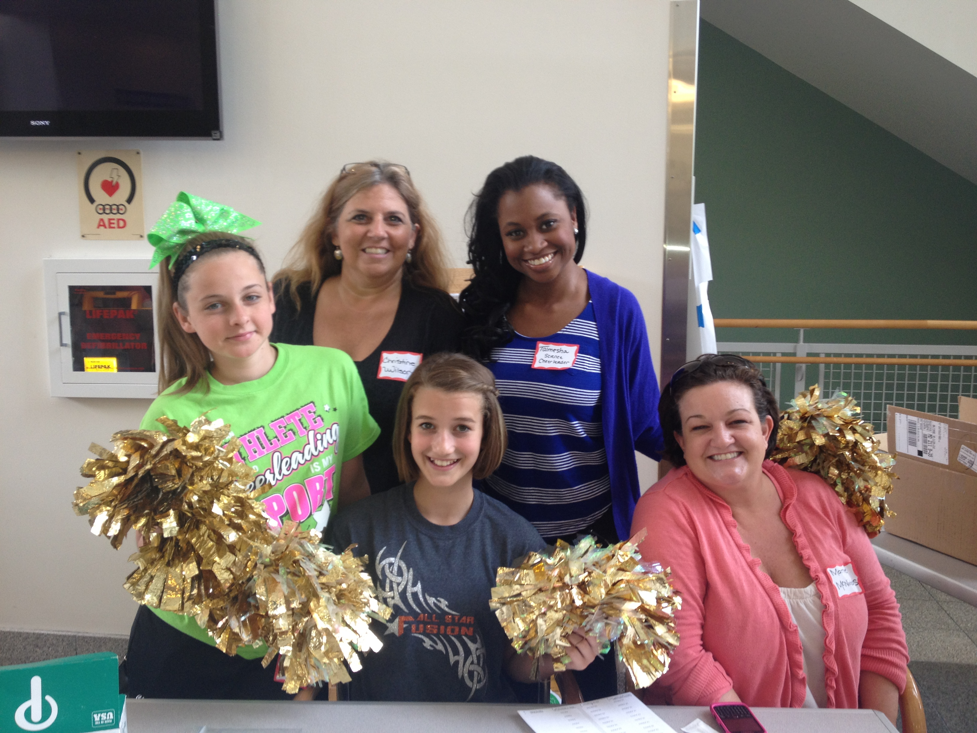 Guest post from Science Cheerleader Talmesha and Junior Science Cheerleaders!